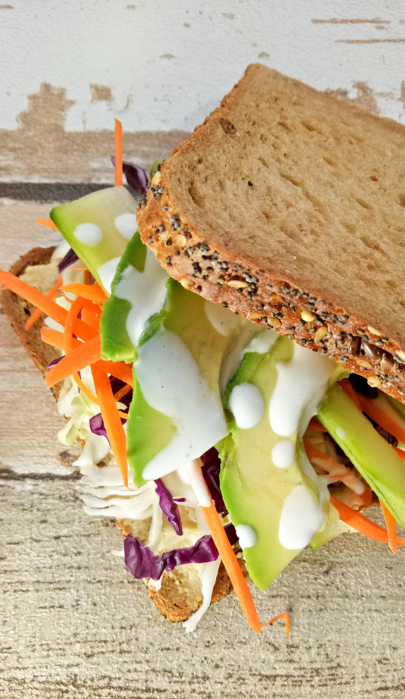 Easy Tasty Veggie & Hummus Sandwich