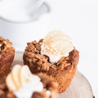 Vegan Breakfast Muffins - Apple Cinnamon